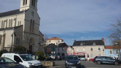 Construire à Basse-Goulaine -  Place St Brice et ses Commerces