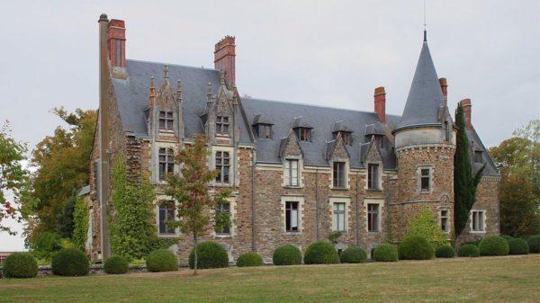 Construire au Landreau -  Chateau de Briacé