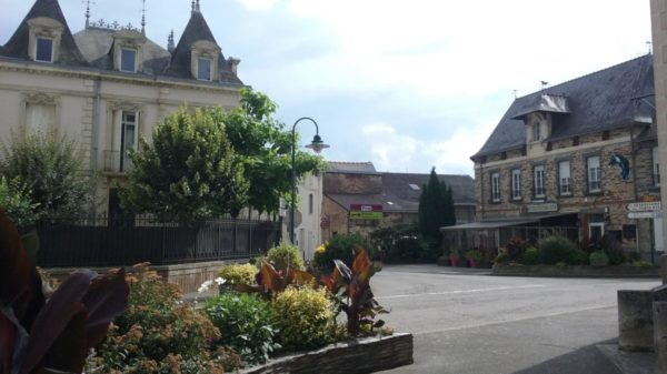 Construire à Saffré -  Avenue du Château depuis rue de l'Église