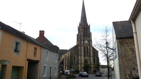 Construire à Mésanger -  Église