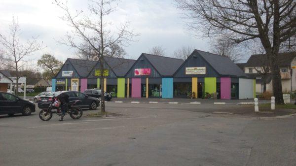 Construire à Mésanger -  Autres Commerces de Centre Bourg