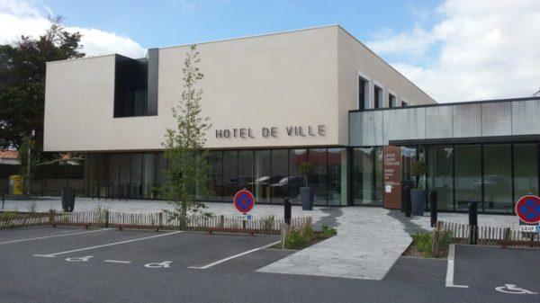 Construire à La Chevrolière -  Hôtel de Ville