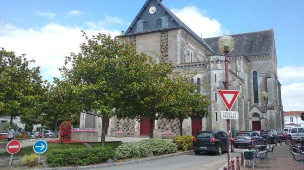 Construire à Saint-Julien-de-Concelles -  Église depuis rue de Bretagne