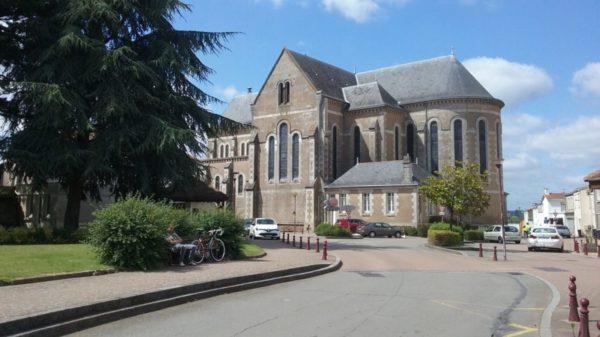 Construire à Saint-Julien-de-Concelles -  Église