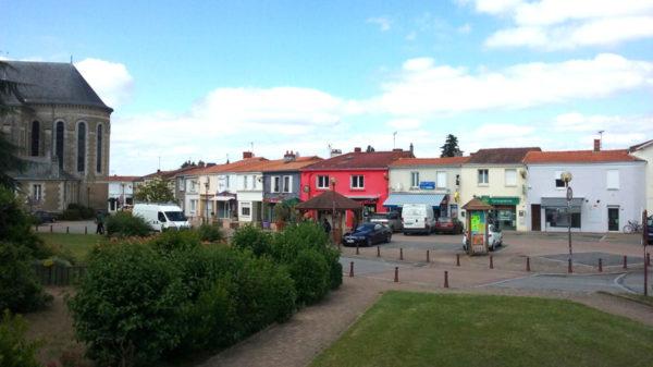 Construire à Saint-Julien-de-Concelles -  Place de l'Europe et ses Commerces